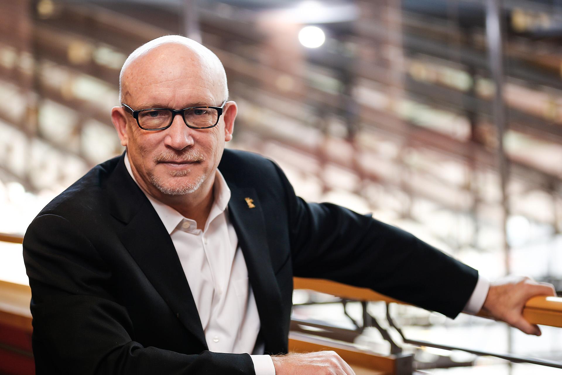 Alex Gibney, Director